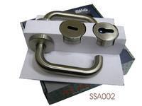 Dveřní klika s příslušenstvím SSA002