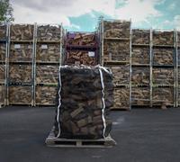 Suché tvrdé palivové dřevo štípané 0,25m v Bigbagu 1,75prms
