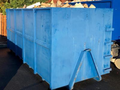 Tvrdé palivové dřevo štípané 0,5m/18prms velký kontejner - 1