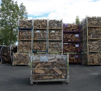 Suché tvrdé palivové dřevo štípané 0,33m/0,8prms