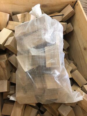 Bukové dřevo na uzení 13kg +/-  (palivo) VELKÉ - 3